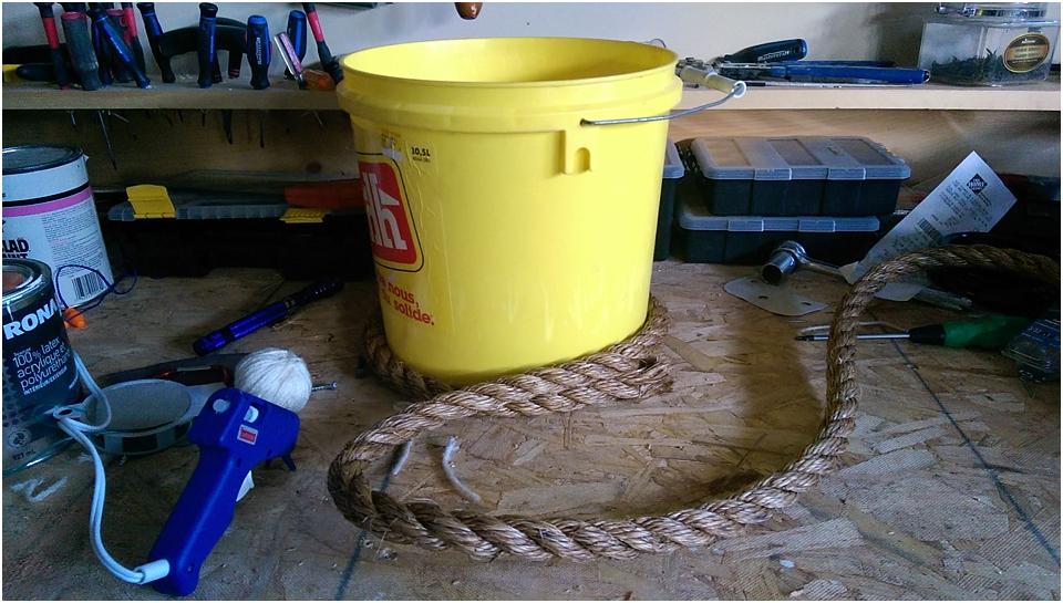 DIY Newborn Prop | Rope Bucket