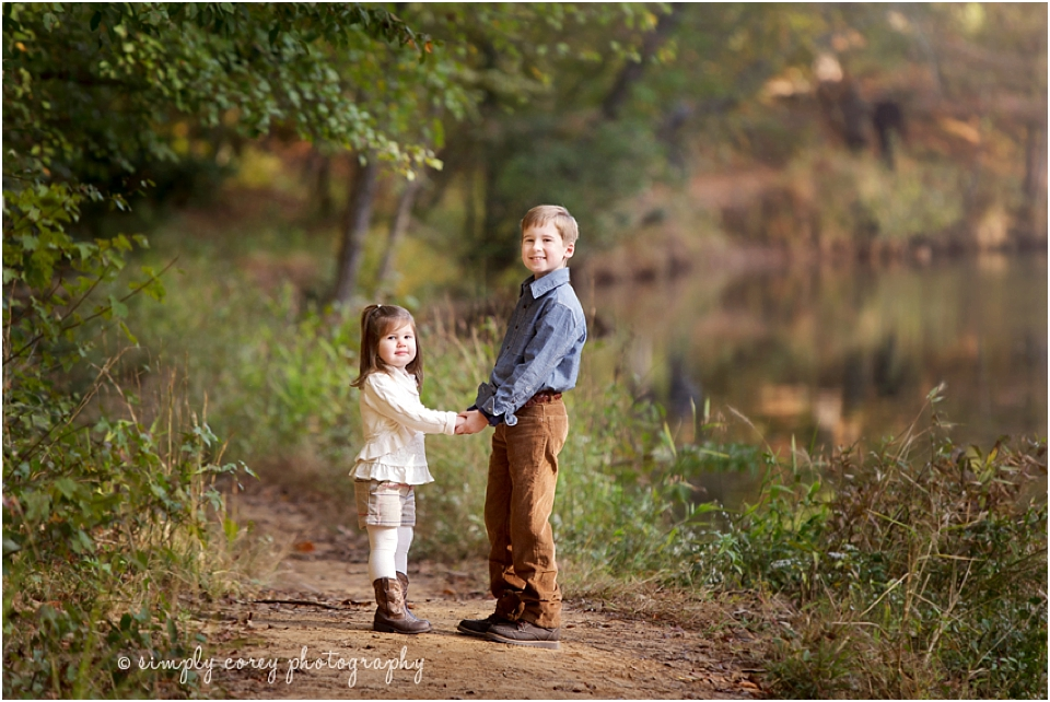 WHAT TO WEAR FOR HOLIDAY PORTRAIT SESSIONS