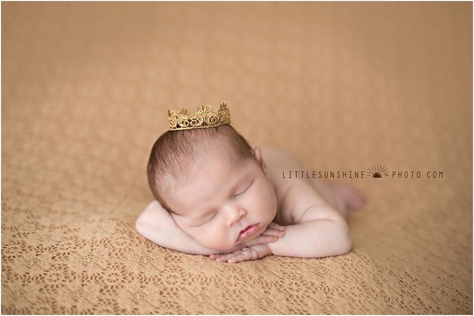 61 newborn images posing inspiration