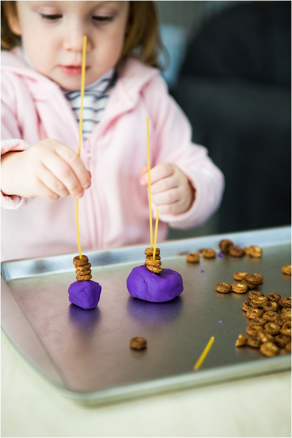 How to Teach Engineering to Preschoolers  #STEAM #STEAMActivities #STEMKids #STEM #EngineeringActivities #preschool #preschooler #preschoollearning #STEAMpreschool