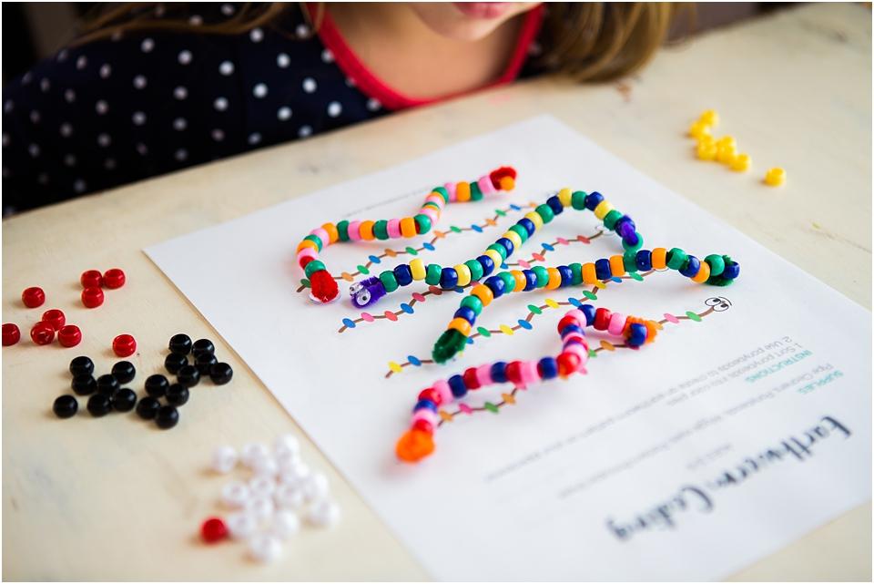 Screen Free Coding for Preschoolers #STEAM #Preschool #preschooler #freeprintable #printable #earthwormactivity #screenfree #preschool #stemkids #stem