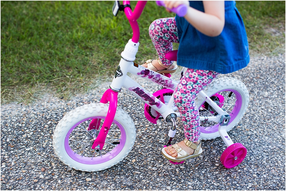 how to teach a 3 year old to ride a bike with training wheels