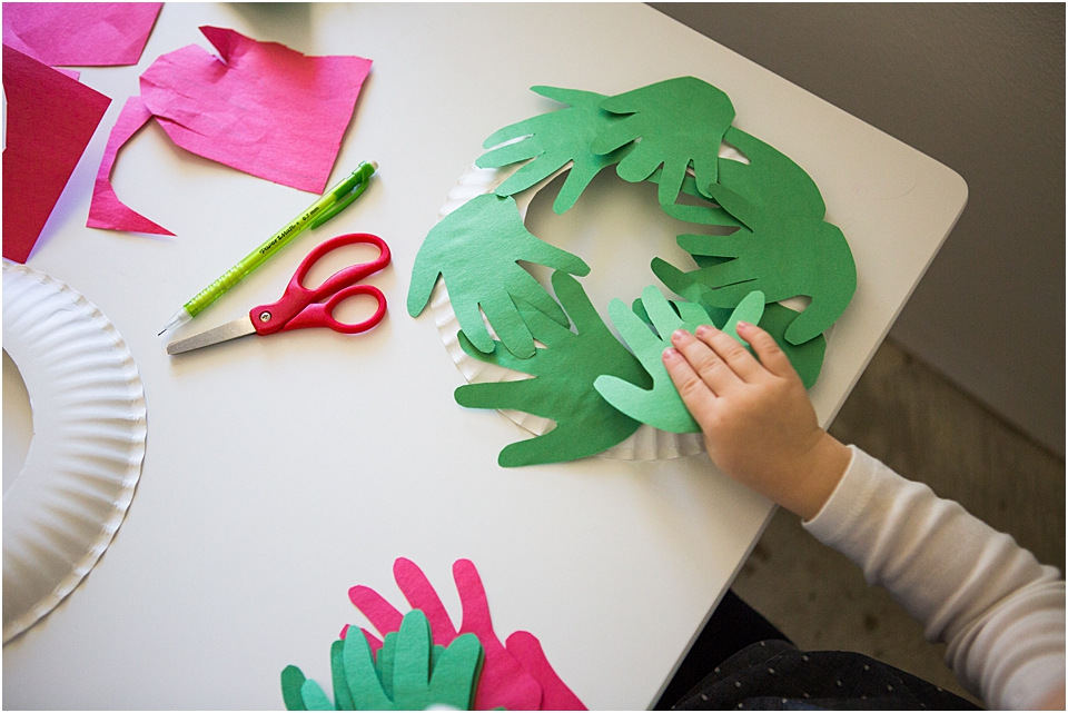 christmas STEAM activity for preschoolers