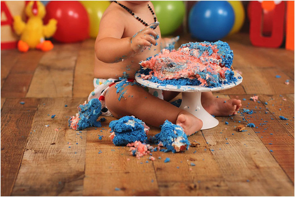 Indoor Cake Smash Photos
