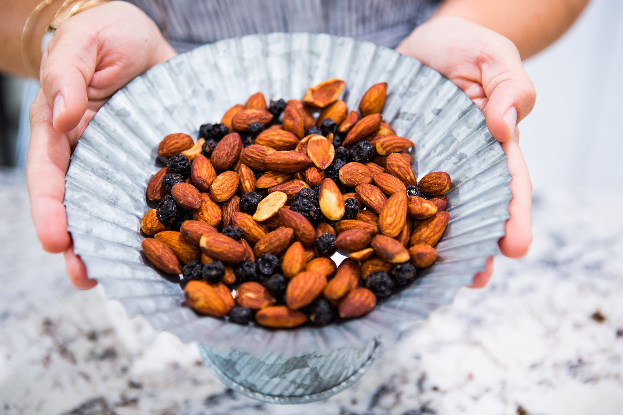 blue diamond fruit and almond snack