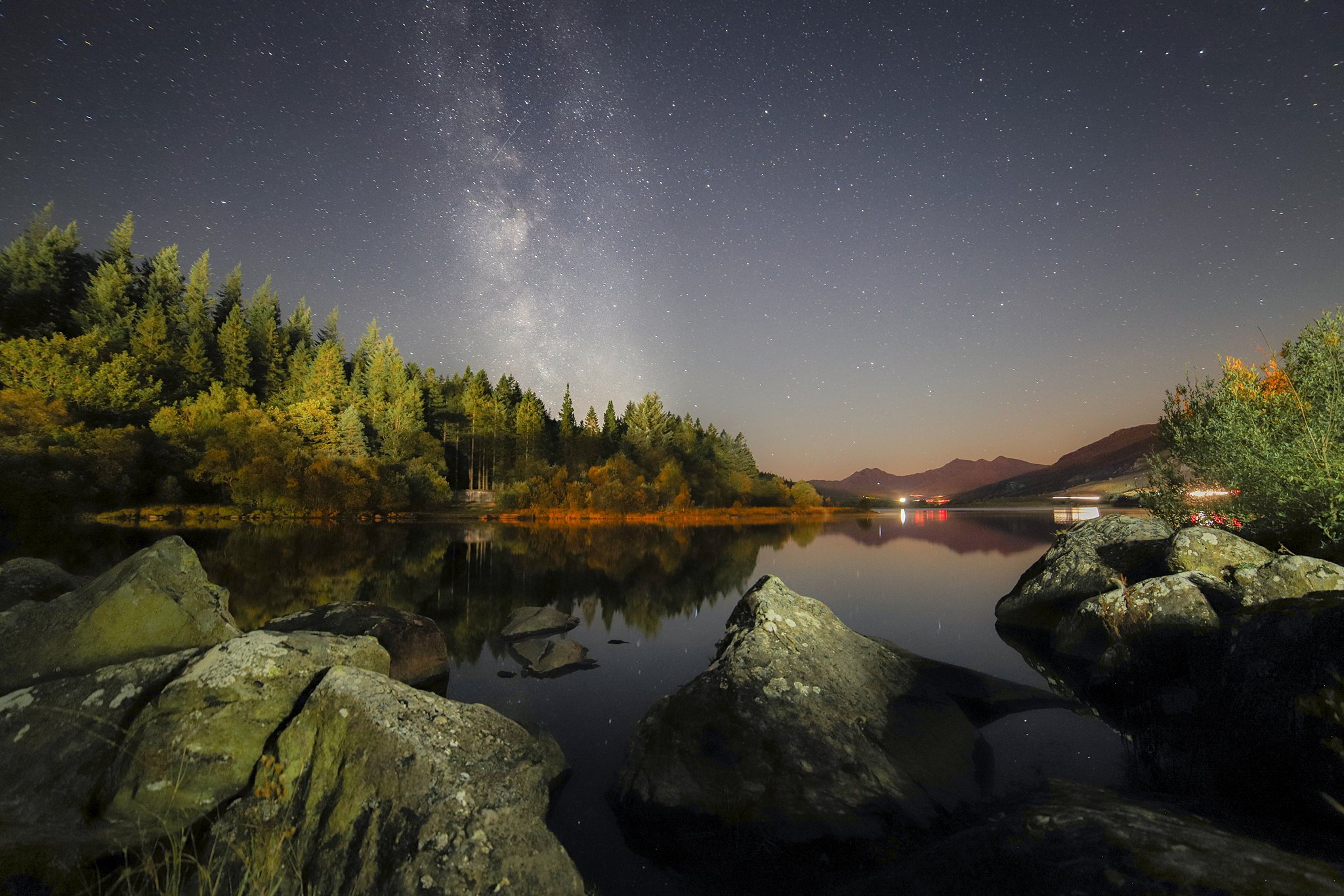milky way landscape picture
