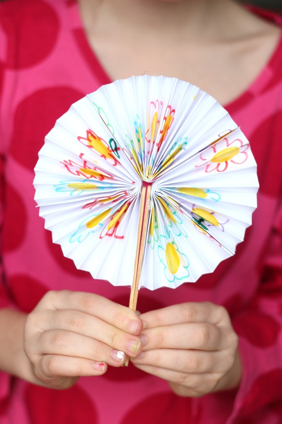DIY Pocket Fan for Summer: A creative craft idea for kids!